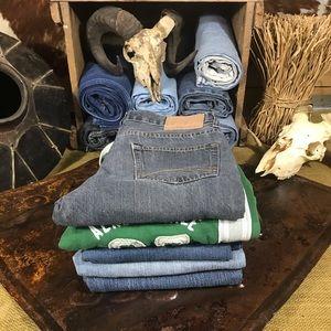 5 Aeropostale Jeans/ Sweat Reseller Mystery Bundle